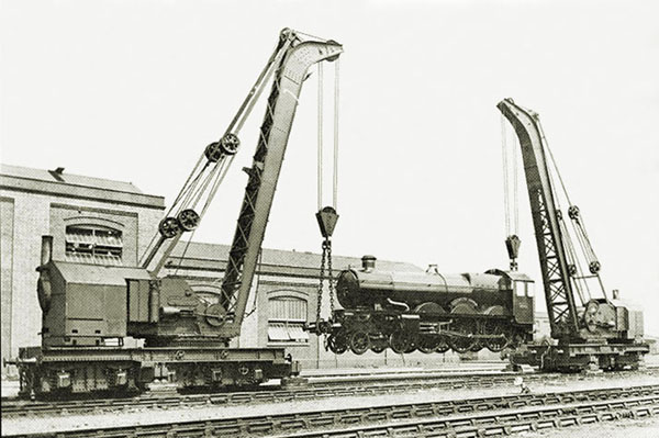 GWR Nos.2 & 3 lifting Dartmouth Castle at Swindon